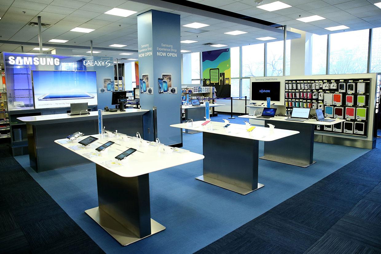 Samsung Техника Samsung в фирменном магазине